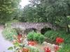 vue-sur-le-pont-romain-depuis-les-chambres